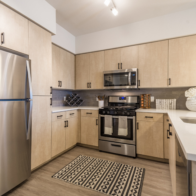 The Braydon - Fully Equipped Kitchen With Stainless Steel Appliances